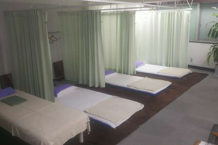 リファイン治療院